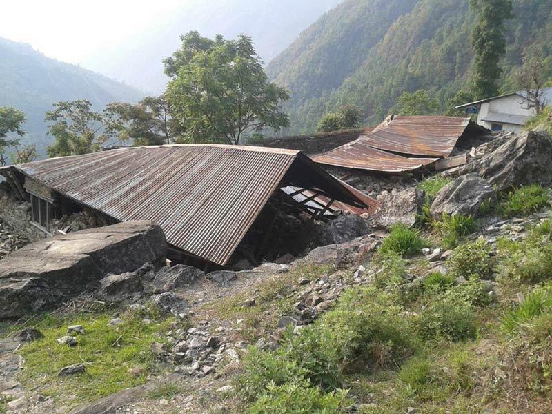 Ecole au Népal après tremblement de terre